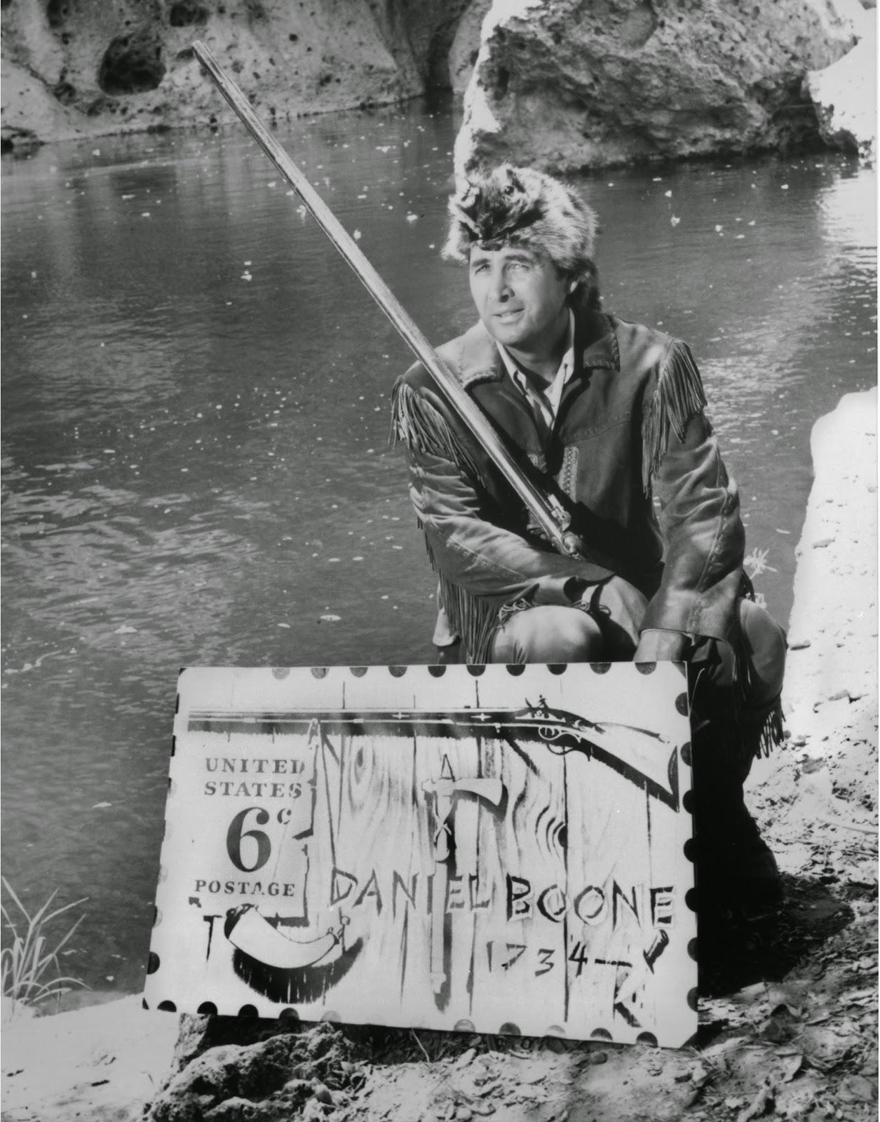 Fess as Boone2
